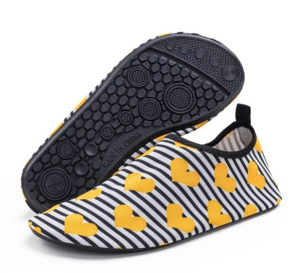 Water shoes / Water socks
